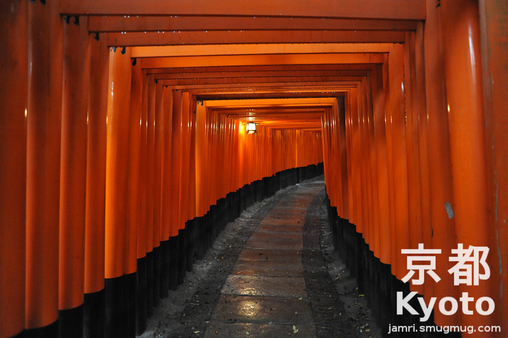 Fushimi-Inari-Taisha on a Rainy Day